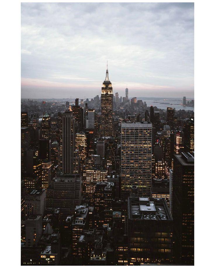 Suivez-nous sur instagram  4,525 mentions J'aime, 97 commentaires - Julie Sarperi + Renaud Bonnet (@carnetstraverse) sur Instagram: Errer dans New York, de son point le plus haut à ses streets les plus encaissées,...