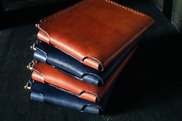 Handmade leather minimalist wallets Freedom forgers Pre-kickstarter  design