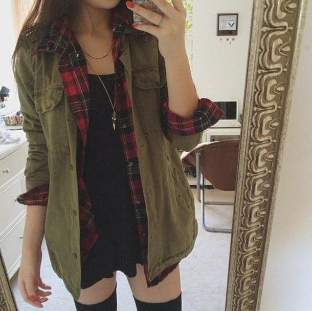 I like the flannel with this army jacket outfit. It's a good pair. Also if you see at the bottom, she is wearing knee high socks with shorts and I have also been doing that a lot lately. It isn't a very common style, but I bet it will be soon. It looks SO GOOD with this outfit!