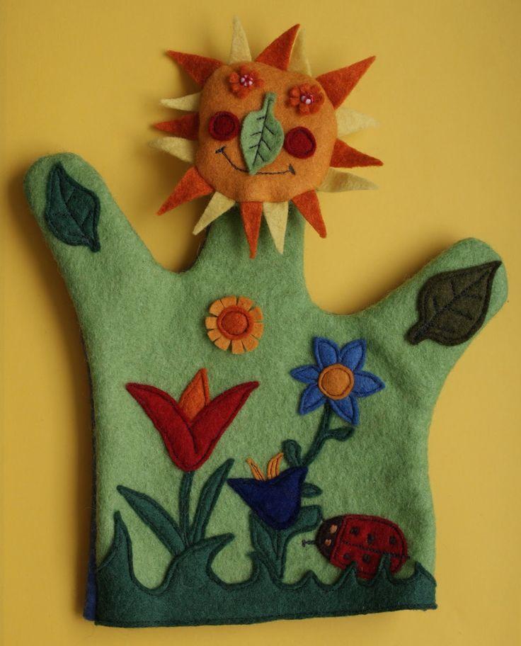 kézzel készített kesztyűbáb