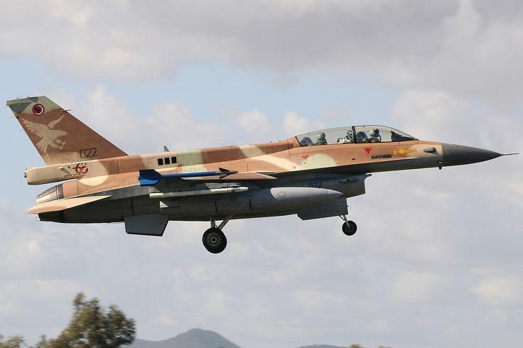 F-16 Fighting Falcon Jet HD Wallpaper | HDWalllpapers.com