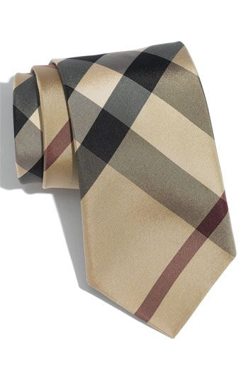This tie has been haunting my dreams, damn you Burberry.