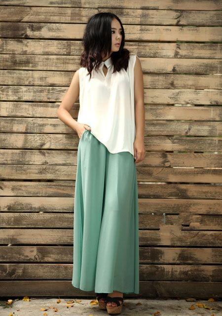 Pantalon fashion en mousseline de soie long (sans la blouse) - Pantalons fashion