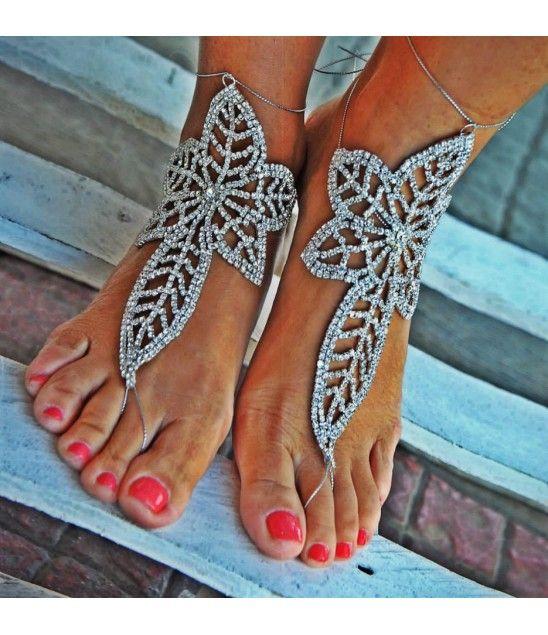 Χειροποίητο νυφικό barefoot with real crystal stones.