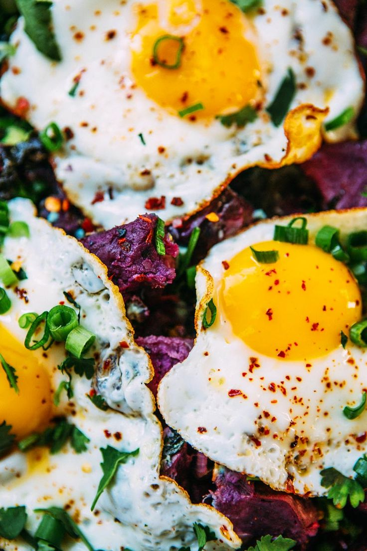 purple sweet potato and kale hash with fried eggs – A House in the Hills