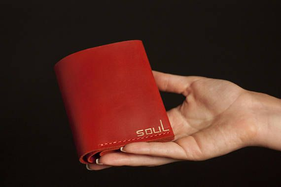 Leather wallet. Leather bifold wallet. Compact wallet. Minimal
