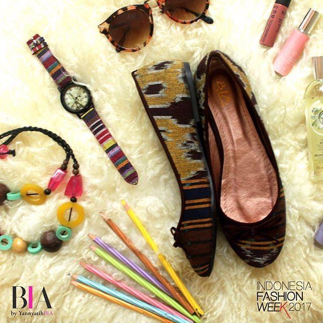 Saya menjual Flatshoes BIA - Camilla Tenun Cokelat seharga Rp179.000. Dapatkan produk ini hanya di Shopee! https://shopee.co.id/sylviaoryza/145520390 #ShopeeID