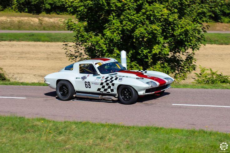 #Chevrolet #Corvette à la Montée Historique de #Montgueux Article original : http://newsdanciennes.com/2015/08/30/grand-format-course-de-cote-et-montee-historique-de-montgueux/ #Classic_Cars #Vintage #Racing #Voiture #Ancienne