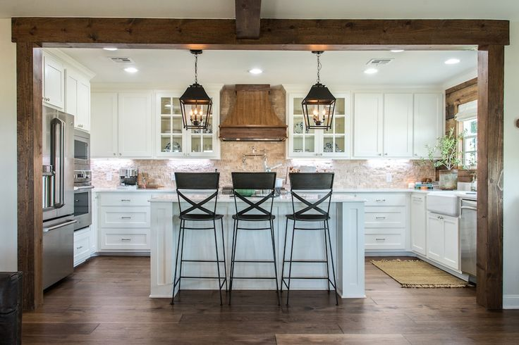 Fixer Upper Season 4 | Chip and Joanna Gaines | Episode 04 | The Big Country House | Kitchen | Statement Lighting