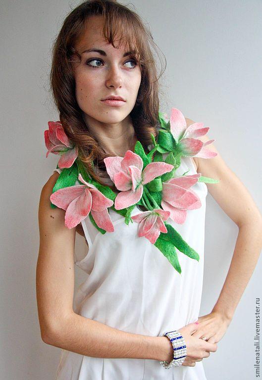 """Купить Украшение - шарф """" Розовые лилии"""" - авторские украшения, украшения ручной работы"""