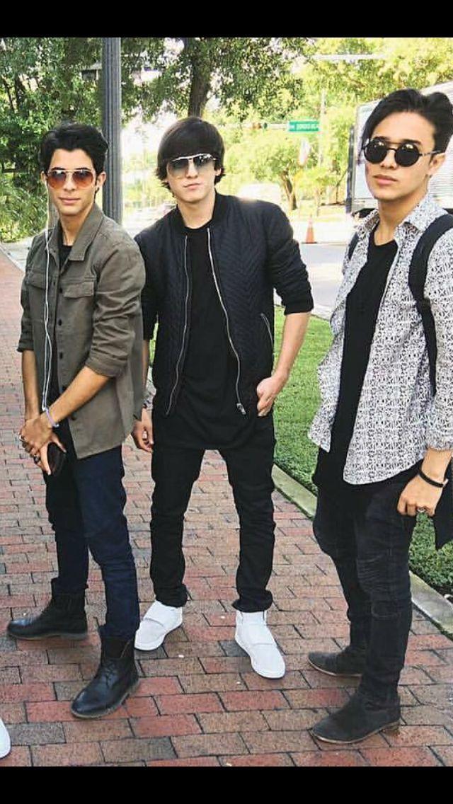 Christopher, Joel y Erick Brian de CNCO