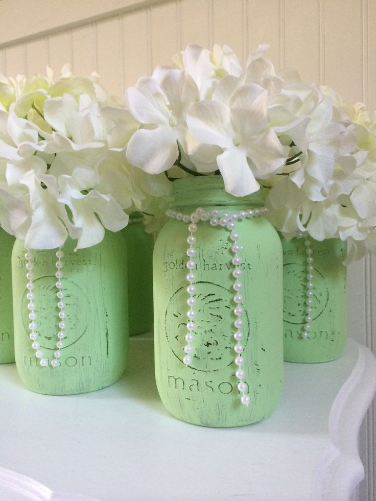 Mint Mason jar centerpieces