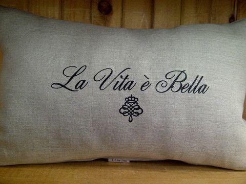 La Vita e Bella Linen Pillow