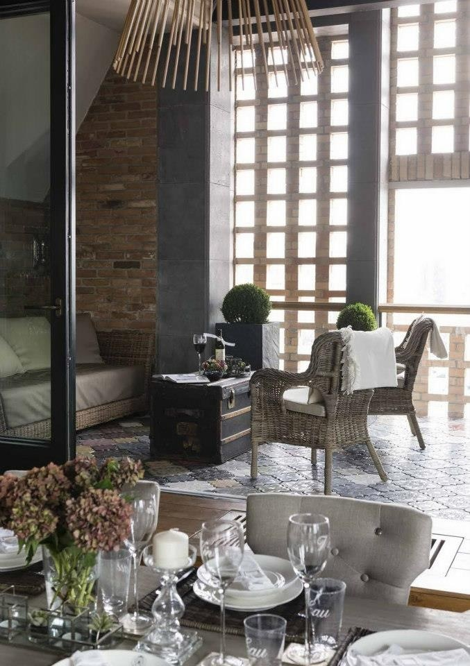 Dining room and balcony ★ www.decoraunts.hu