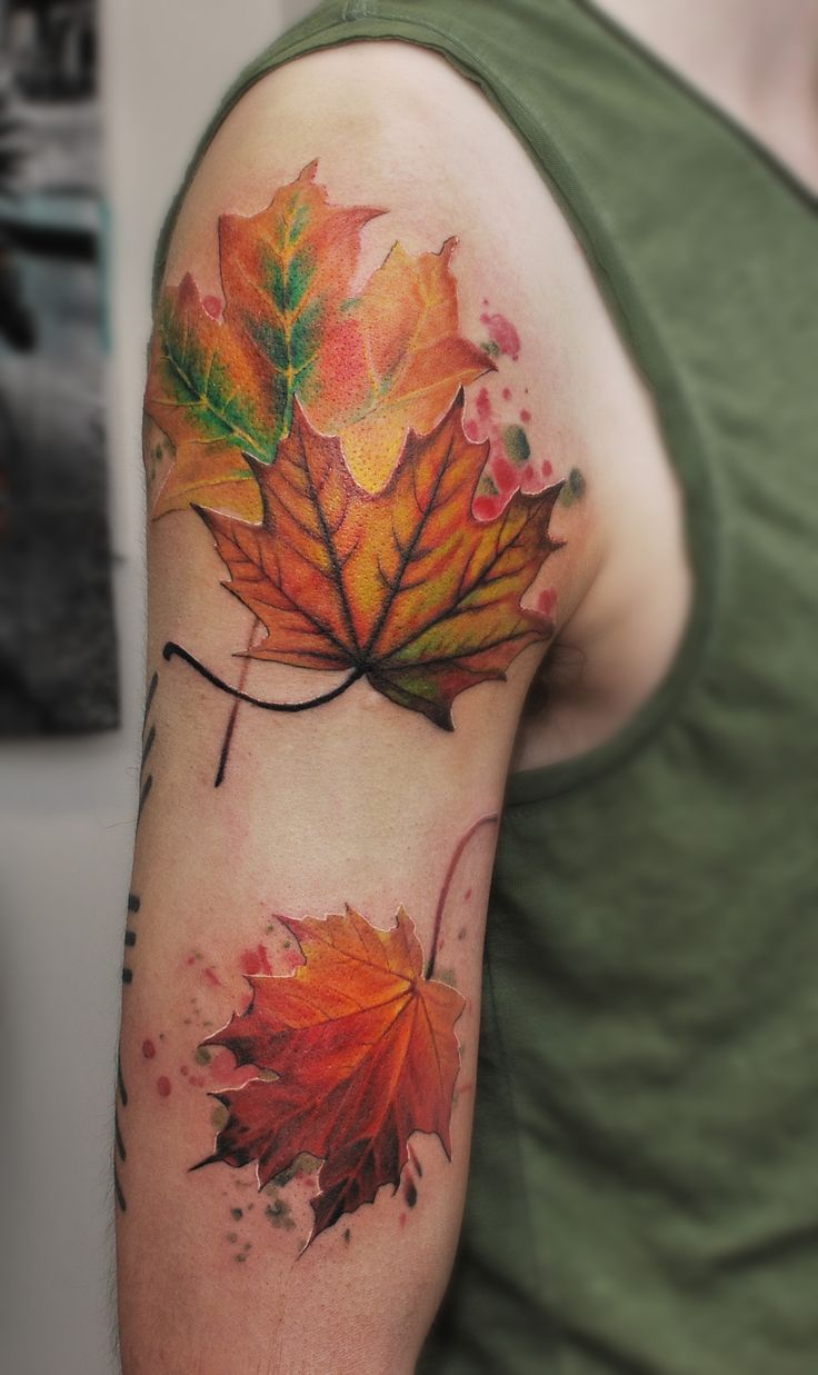 best 25 maple leaf tattoos ideas on pinterest colorful tattoos leaf tattoos and tattoos. Black Bedroom Furniture Sets. Home Design Ideas