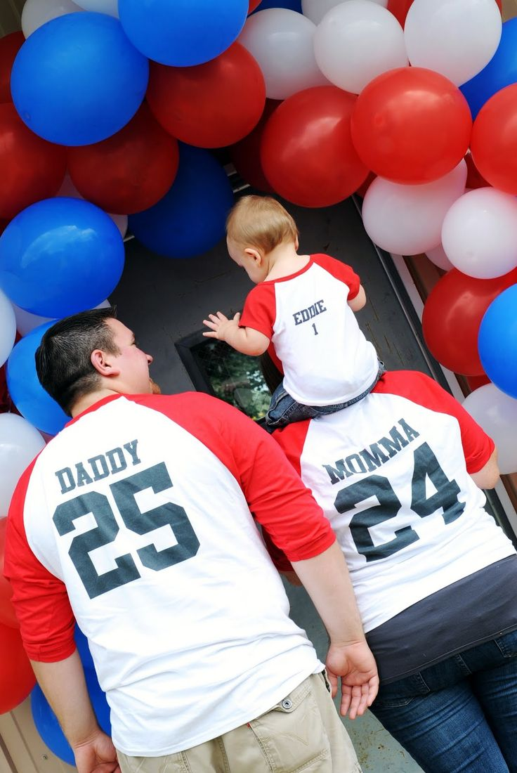 shirts for mommy, daddy, and the birthday boy - Would be really cool for a baseball themed birthday party