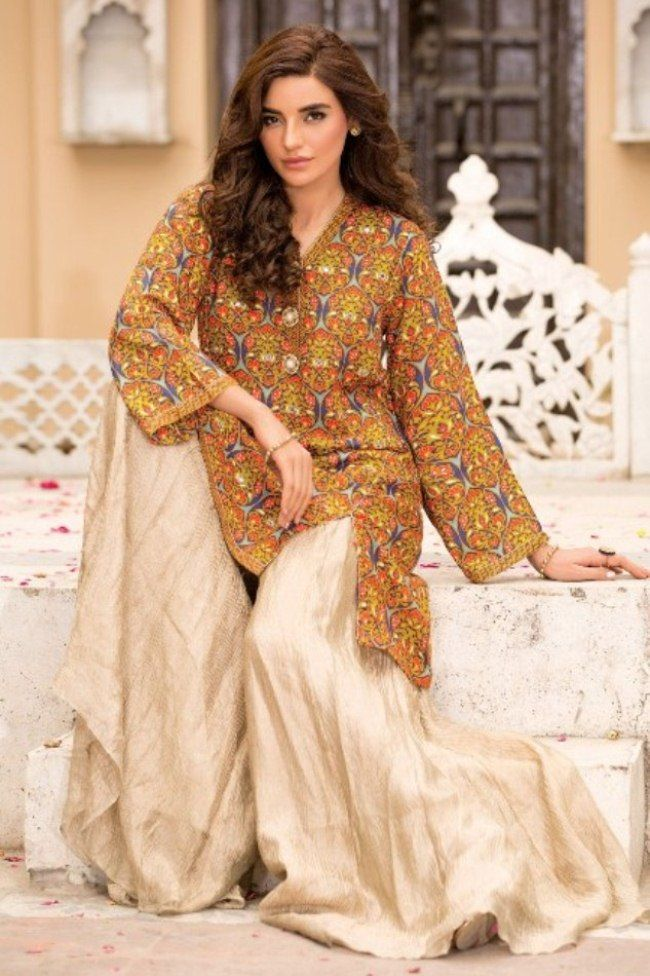 We come with Sana Safinaz Eid collection 2017 & latest Eid collection 2017 & latest eid dresses 2017 & Eid dresses 2017 for pakistani girls and women.