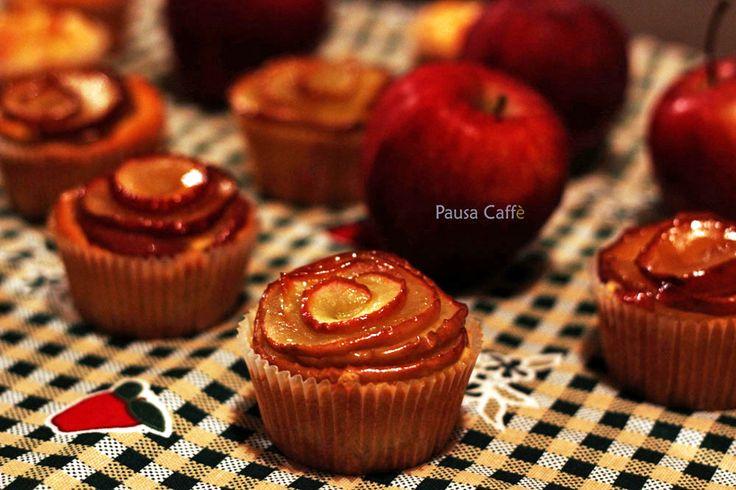 Bouquet di tortine di mele montate