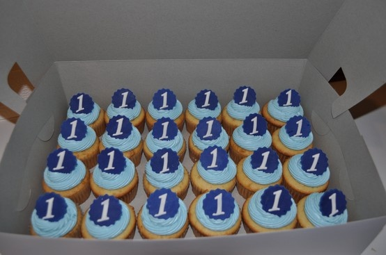 boy 1st birthday cupcakes