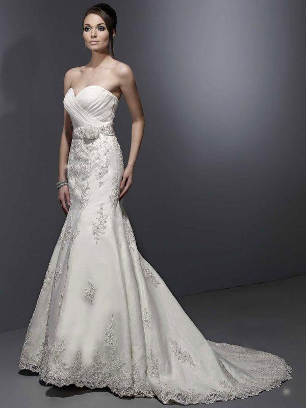 Sweetheart princess organza bridal gown=