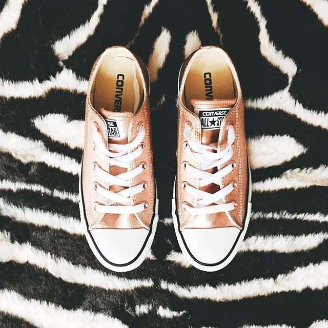 Finally. You are mine. Rose gold leather converse. I have an addiction.