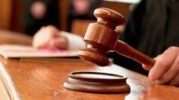 juiz usa martelo para pedir ordem #direito