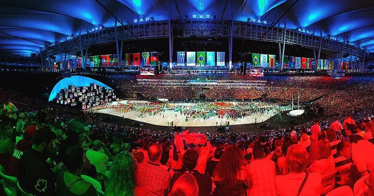 Attending the opening ceremony of the 31st summer Olympic Games @rio2016 #Olympics #maracanã #stadion #landscape #Rio…