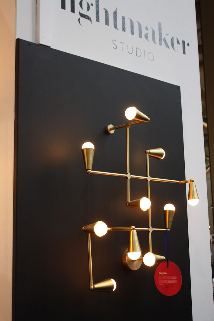 Great Lightmaker wall light