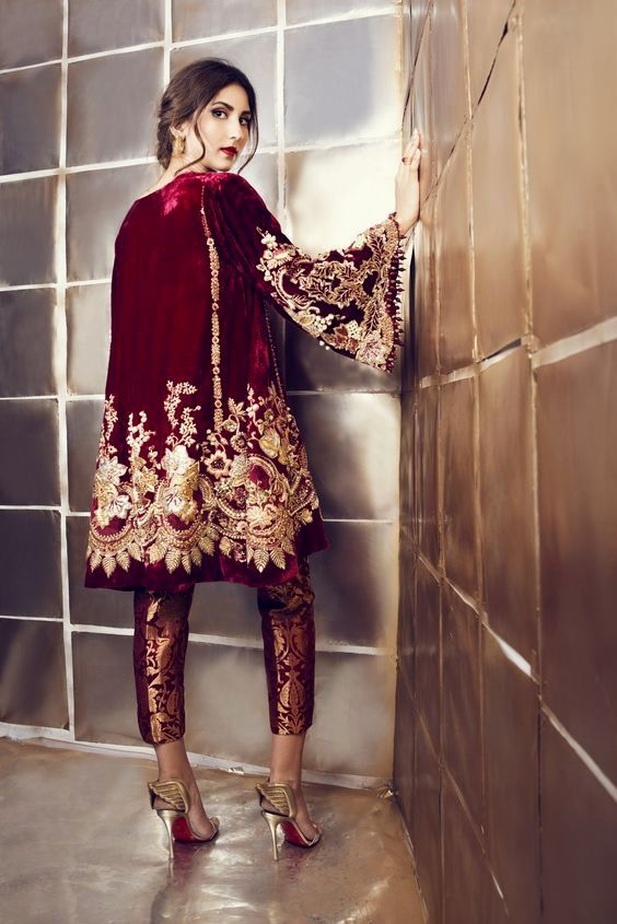 Want To Know About Quality Elegant Design Indian Saree Also Products Like Designer Sari Plus Bollywood In Which Case Clic Dress