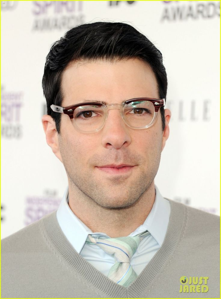 So Odd To See Zachary Quinto Without His Great Thick Eyebrows