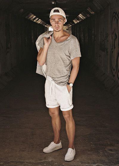 Edgar Vanuska - H&M Cap, H&M T Shirt, H&M Cotton Shorts, H&M Platform Sneakers, H&M Cotton Vest, Aeon Leather Watch - H&M SPORTY STYLE
