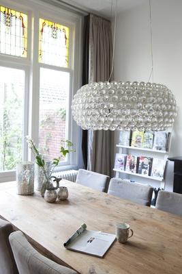 keukentafel en lamp