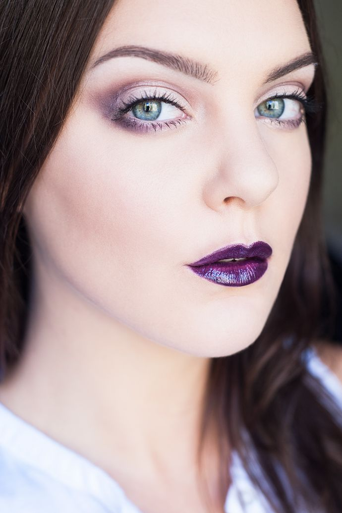 molkan skönhetsblogg purple dark lips motd black widow