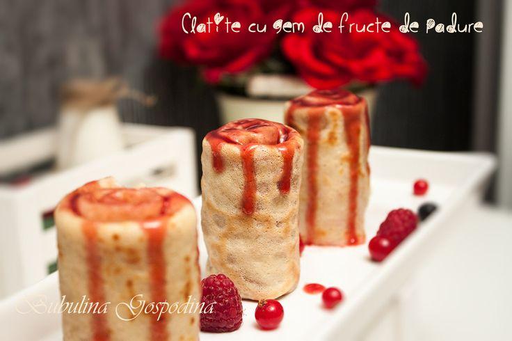 Clatite cu gem de fructe de padure
