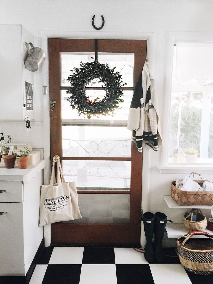 HEY NATALIE JEAN: TRANSITIONAL DECOR FOR THE HOLIDAYS