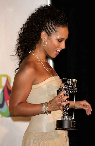Alicia Keys Pictures - 2005 MTV VMA's Hosted By Diddy - Press Room - Zimbio