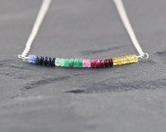Ombre llena collar zafiro en plata, oro u oro rosa. Collar de zafiro azul, esmeraldo y rubí. Multicolor collar de piedra preciosa.