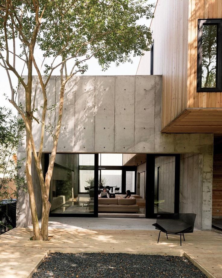A Texas couple builds their cast-in-place concrete dream home. Finding inspiration in the work of Tadao Ando, a Houston couple designs the…