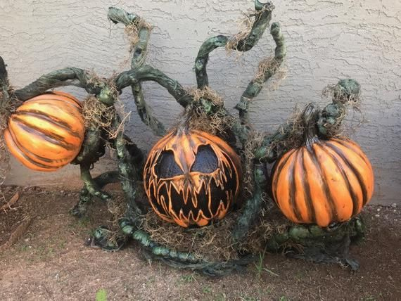 Carl Pumpkin Patch Halloween Decor Halloween Pumpkins Halloween School Treats Scary Pumpkin
