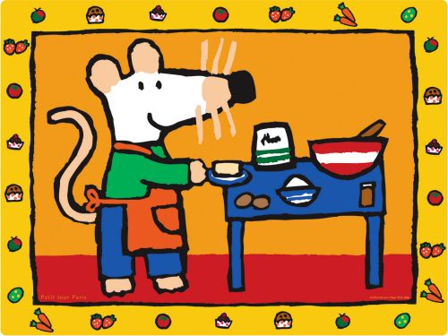 Maisa osaa jo tehdä itselleen välipalaa ja maistelee mielellään erilaisia makuja tutustuen uusiin ruokiin.