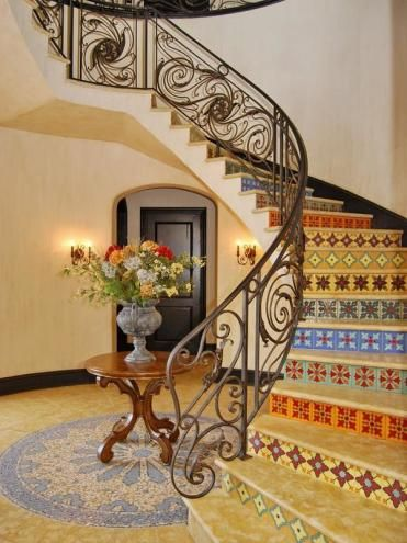 Mediterranean Home: Inviting Stairway repinned by smg-treppen.de #smgtreppen follow us on Facebook: on.fb.me/Wrk0sM