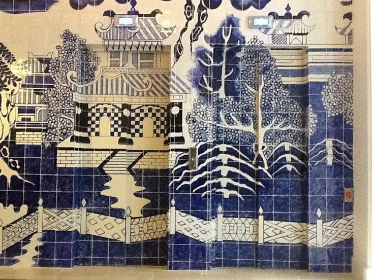 mural cermico de grandes dimensiones con azulejos hechos y pintados a mano e