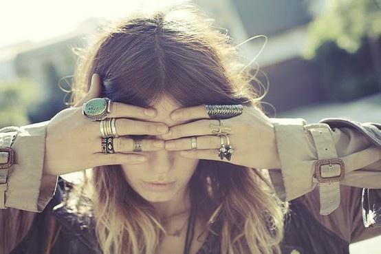 New Trend: Mid-finger Rings » Who's Jack