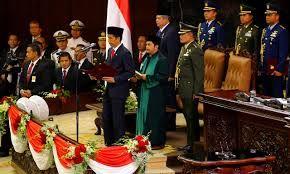 Konstelasi perbintangan saat pelantikan presiden Jokowi menunjukkan betapa menonjolnya Matahari-Venus yang secara kuat mengindikasikan popularitas.