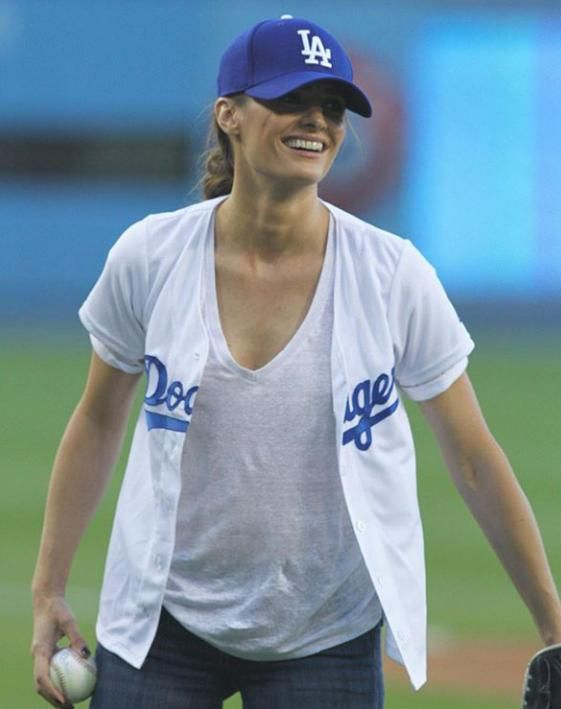 @Stana_Katic LA #dodgers