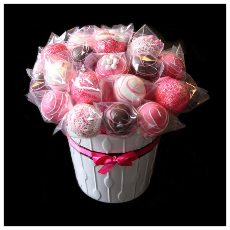 Pink cake pop bouquet (It's a GIRL)