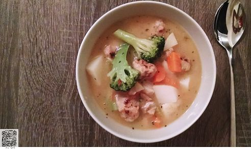 A smooth blended vegetable soup with #organic #broccoli that's as good for a comforting meal. follow us @fish_n_monkey  2 tbsp rapeseed oil 1 onion , finely chopped 1 stick celery , sliced 1 leek, sliced 1 medium potato, diced 1 knob butter 1l low salt or homemade chicken or vegetable stock 1 head broccoli, roughly chopped 140g Stilton, or other blue cheese, crumbled