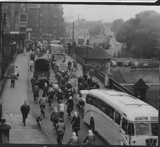 MORE ADDED: 157 photos of 1960s York (From York Press) Lendal Bridge.