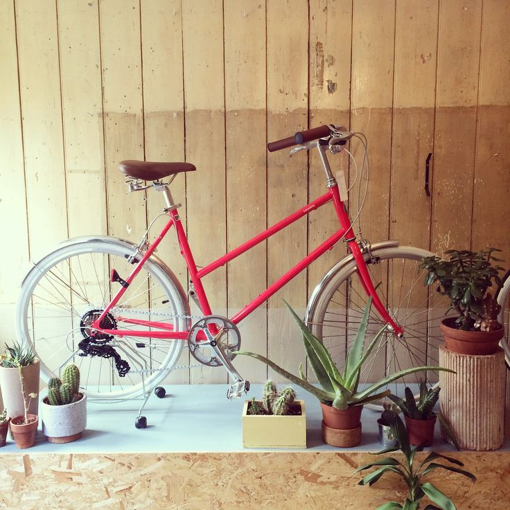 chic and stylish commuter bikes that will feel great to ride and look the business