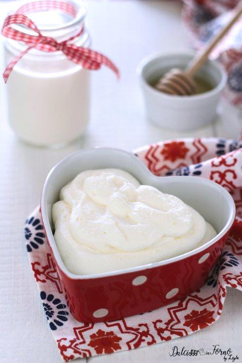 Ricetta Crema al latte condensato veloce senza uova  Dulcisss in forno by Leyla